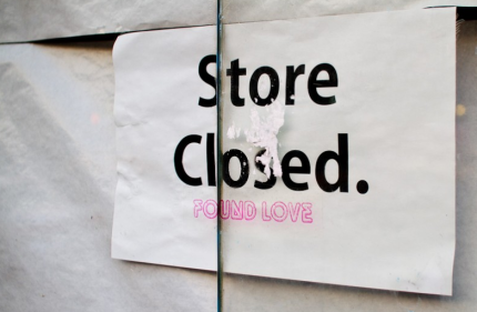 Store Closed Found Love - Stickman in Love. Photo by Christer Hedberg.